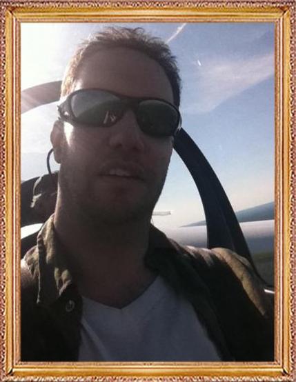 Steven Flies a Glider
